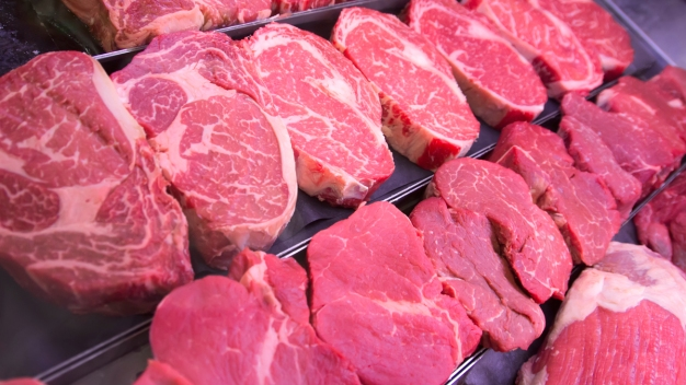 Retiran más de 62,000 libras de carne por posible E.Coli