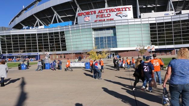 Asi se vive la fiesta previa a Broncos Vs Giants