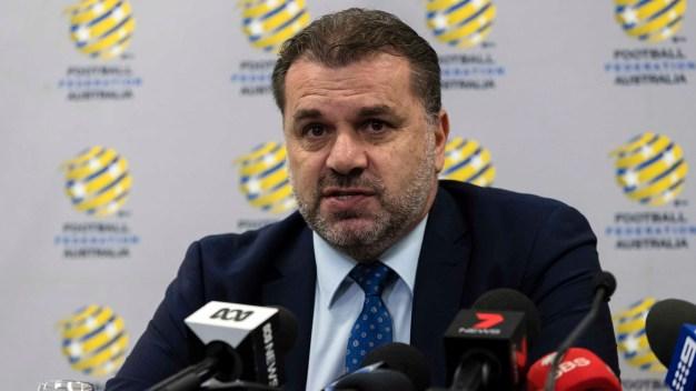 Copa Mundial de la FIFA: tras clasificar, renuncia DT de Australia