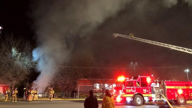 Voraz incendio consume casa en la Ciudad de Salt Lake