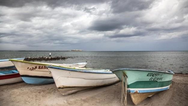Tara: nueva tormenta tropical trae lluvia a costas