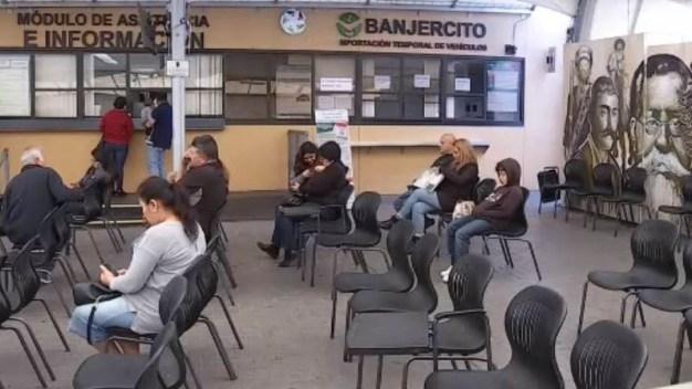 Si piensa viajar a México por carretera, debe tramitar un permiso