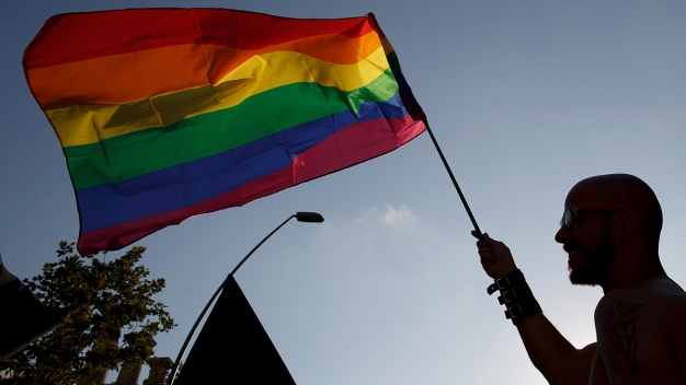 Personal de salud puede no atender a gays