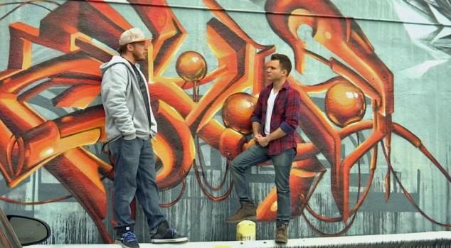 Artistas urbanos expresan su creatividad en murales