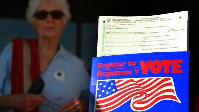 No te quedes sin votar en las elecciones. Inscríbete aquí