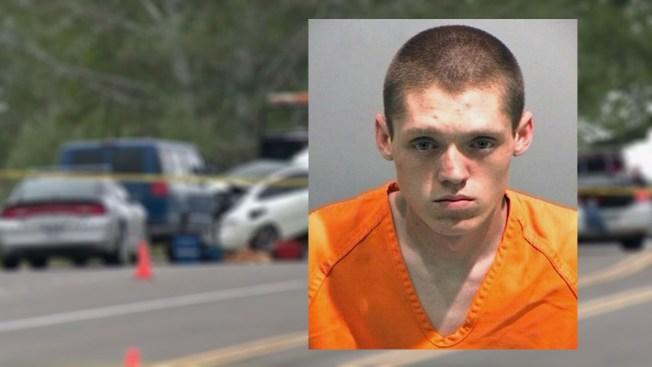 16 cargos para hombre que atropelló a policías