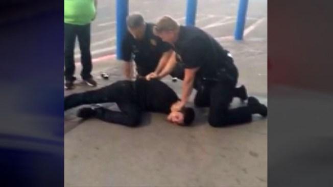 Causa controversia video de arresto en Walmart