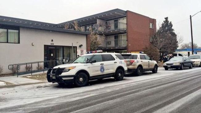 Investigan dos muertes en Denver