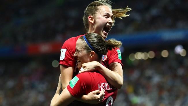 Noruega pasa a cuartos de final