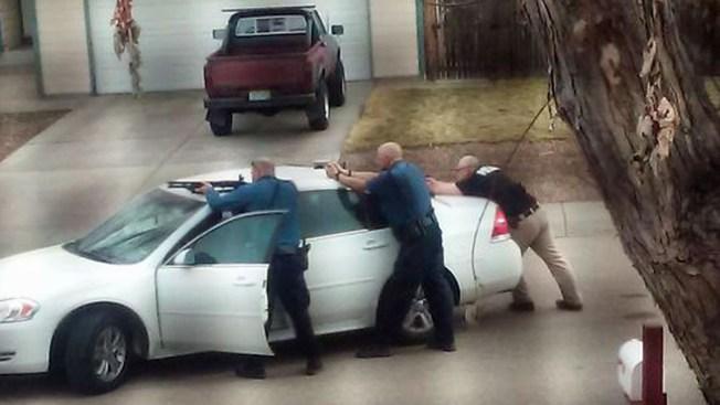 Hombre armado en Evans causa conmoción