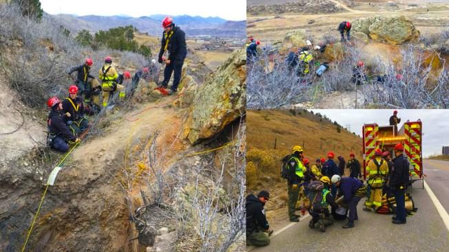 Rescatan menor de edad que cayó 300 pies en Golden