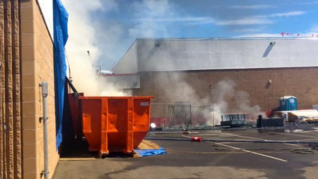Investigan incendio en escuela de Brighton