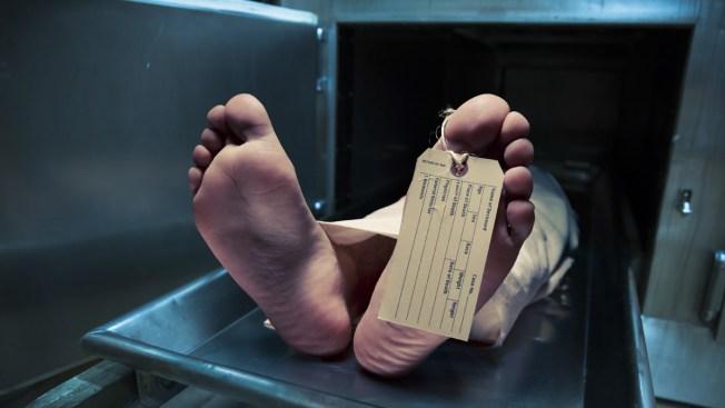 5 enfermeras suspendidas en Denver por mironas