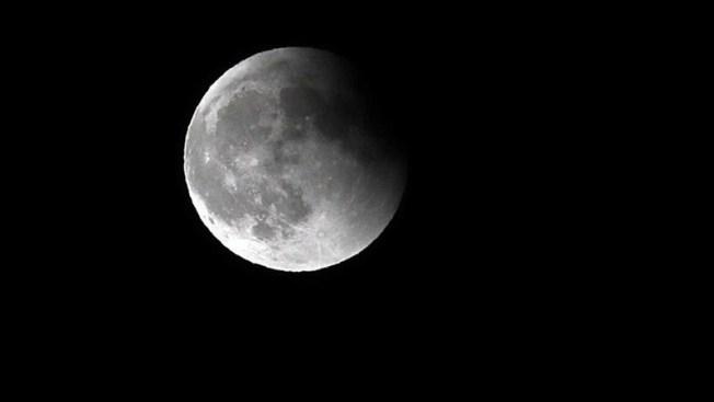 Japonés será el primer turista en volar alrededor de la Luna
