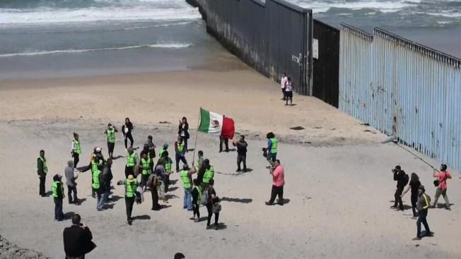 """López Obrador: """"No he hablado del muro con Trump"""""""