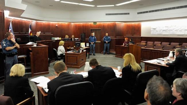 Piden trasladar juicio de James Holmes