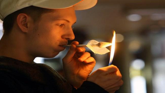 Clausuran farmacias de marihuana