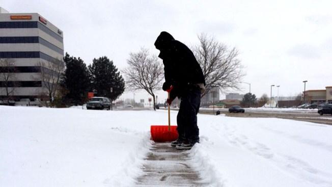 Guerreros latinos batallan contra la nieve