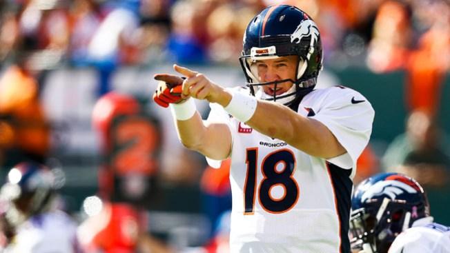 Manning, más cerca del récord de pases