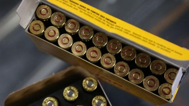 Roban remolque repleto de balas