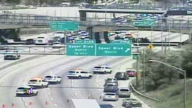 Accidente cierra la I-25 en Denver