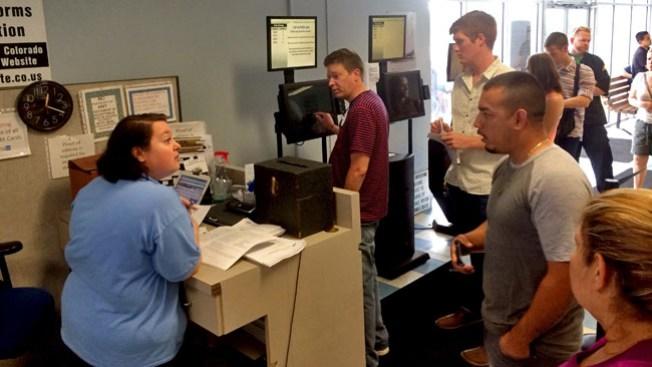 Eliminan multas en Boulder, a quienes donen alimentos
