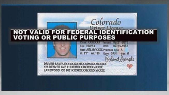 Le niegan empleo por licencia marcada