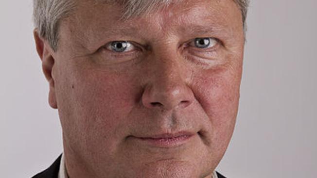 Gylfi Sigurdsson falla pena máxima dada por el VAR