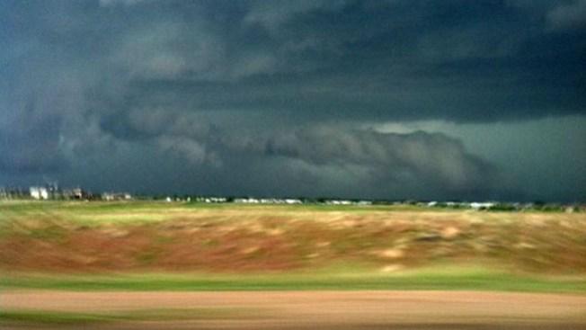 Más tormentas, posibles tornados el jueves
