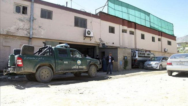 Talibán mata a 14, incluído un ciudadano EEUU