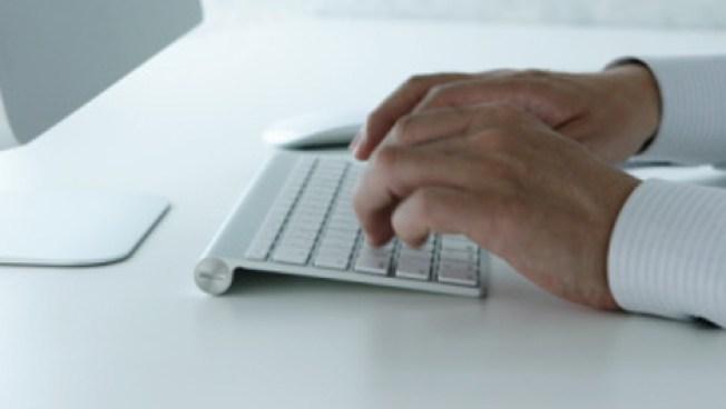 Platicaban por Facebook adulto acusado de abuso y su víctima