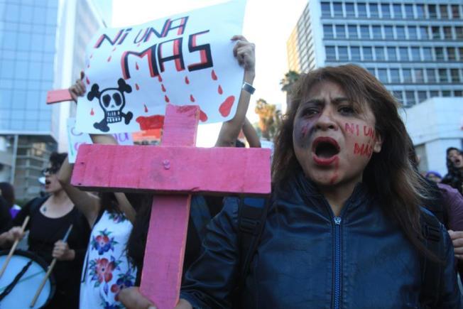 Más de 3,500 mujeres fueron víctimas de feminicidio en América Latina en 2018