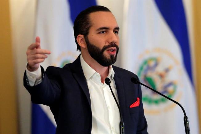 """Bukele: El Salvador vive """"su mejor momento"""" en medio de la crisis en la región"""