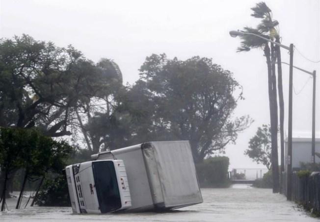 Reporta Cuba 10 muertos tras el paso del huracán