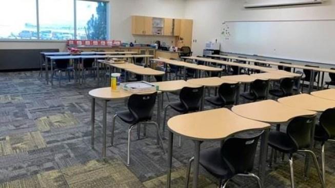 Escuela Lake Mountain abre sus puertas en primera fase