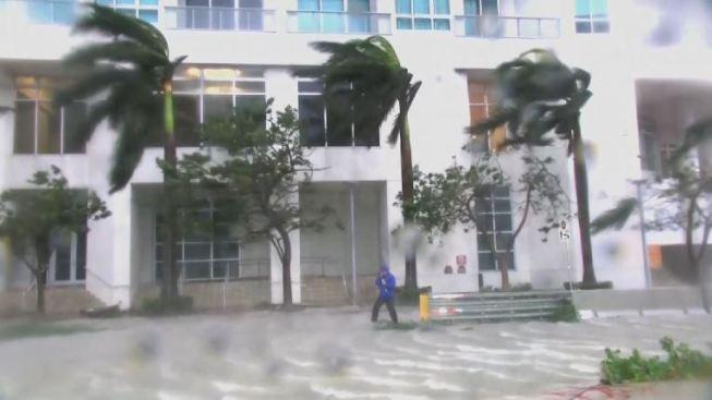 Reabren aeropuertos en Florida tras el paso del huracán 'Irma'